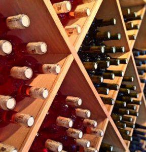 Weinlagerung hell
